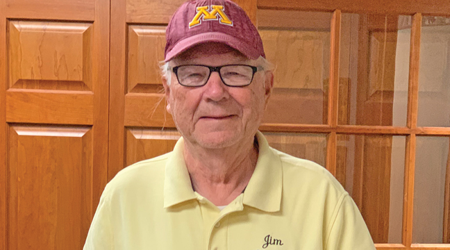 BECKER RESIDENT AND WELL-KNOWN HORSESHOE PITCHER JIM ALECKSON was recently named 2021 Pitcher of the Year in the State of Minnesota and Aleckson received his plaque that is named after famous pitcher, Frank Stinson. (Patriot Photo by Bill Morgan)